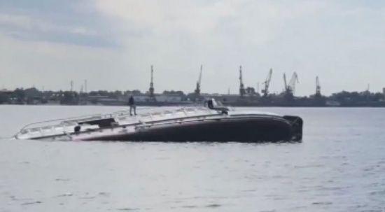 Rusya'da batan geminin mürettebatı son anda kurtarıldı