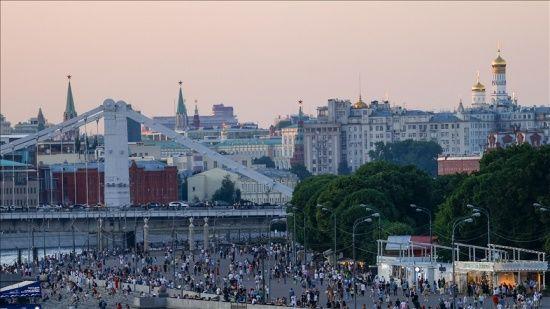 Rusya'da koronavirüs vakaları geçen hafta iki kat arttı