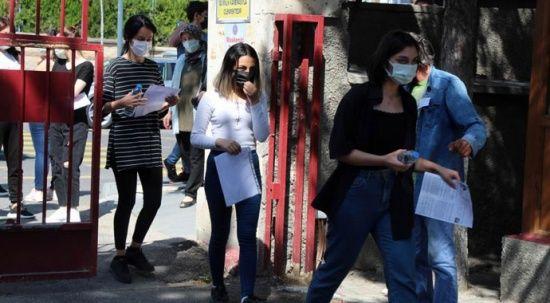 Üniversite adaylarının sınava yetişme telaşı