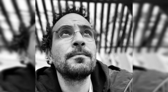 Utku Lomlu: Kapak tasarlamaktan kitap okuyamaz oldum