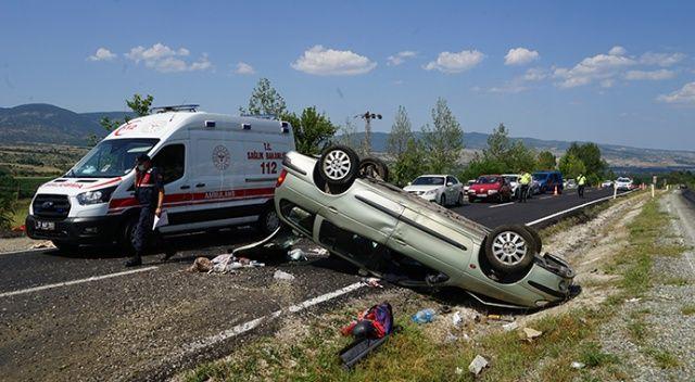 """""""Baba dikkat et"""" dedi, araç taklalar attı"""