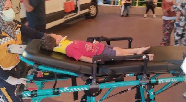 4 yaşındaki çocuğun hayatını marketin tentesi kurtardı