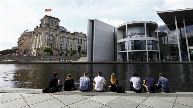 Almanya'da vaka sayısında son 7 haftanın rekoru