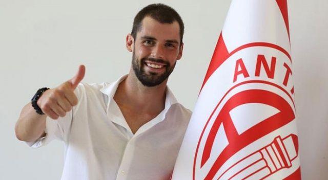 Antalyaspor, İtalyan futbolcu Poli ile anlaştı