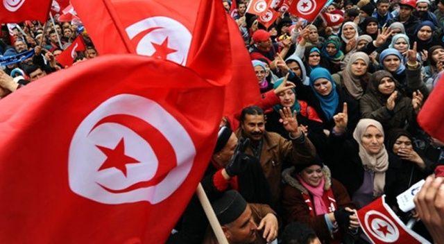 Arap Baharı'nın mimarı Tunus, sonbaharı yaşıyor