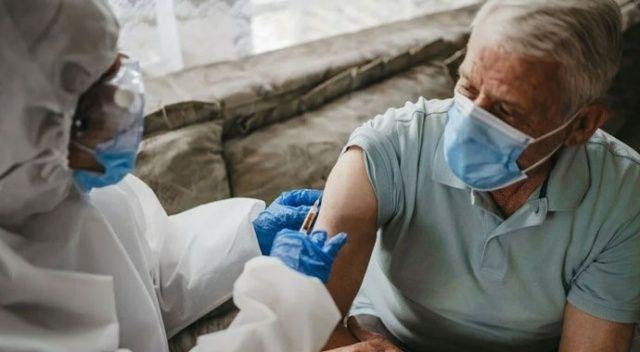 Aşılar sayesinde İngiltere'de 22 milyon vaka, 60 bin can kaybı önlendi