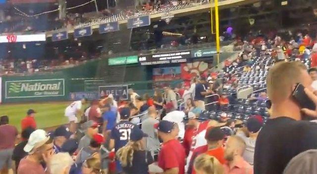 Beyzbol maçı kana bulandı: Stadyum çıkışında 3 kişi silahla vuruldu