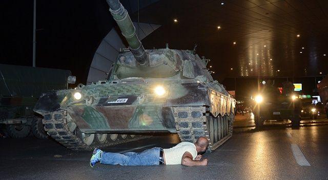 Darbe girişiminde tankın önüne yatmıştı... O geceyi anlattı