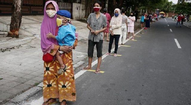 Endonezya'da günlük vaka sayısında rekor