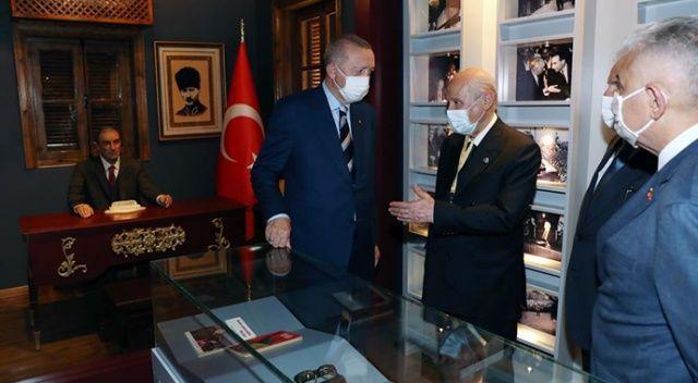 Erdoğan ve Bahçeli'den, Türkeş'in doğduğu eve ziyaret