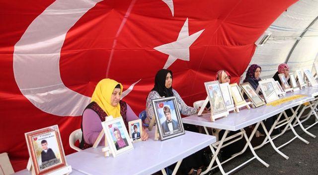 Evlat nöbeti Kurban Bayramı'nda da devam ediyor