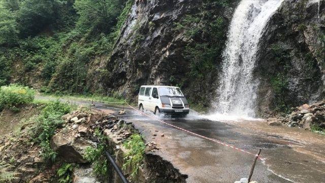 Giresun'da etkili olan yağış hasara yol açtı