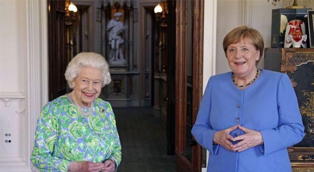 Merkel, son kez İngiltere Kraliçesi ile görüştü