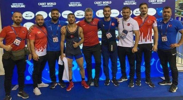 Milli güreşçiler 2'si altın 8 madalya kazandı