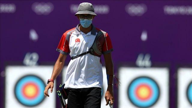 Milli okçu Mete Gazoz, bireysel sıralamada 10. sırayı aldı.