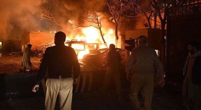 Pakistan'da patlama! 10 ölü, 39 yaralı