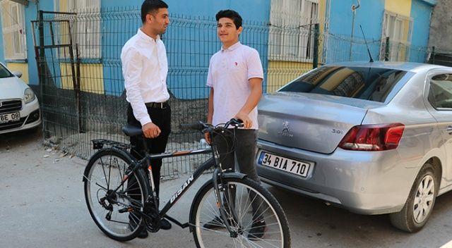 Sesini İHA duyurdu... Bisikleti çalınan Sinan'ın gözyaşı dindi