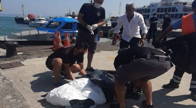Topçular Feribot iskelesi açıklarında ceset bulundu