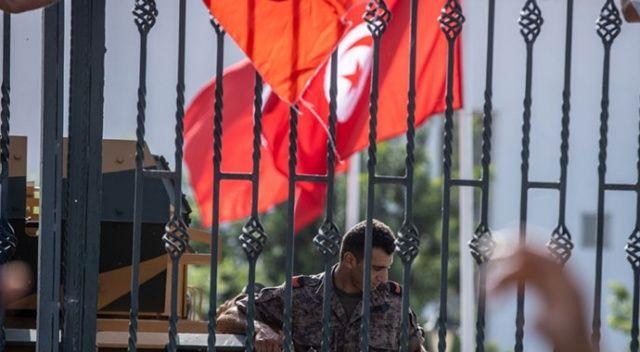 Tunus'ta 'darbe' yılların birikiminin sonucu