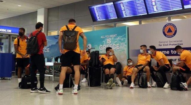 Yunan yetkililer PCR testini kabul etmedi, Galatasaray geri dönüyor
