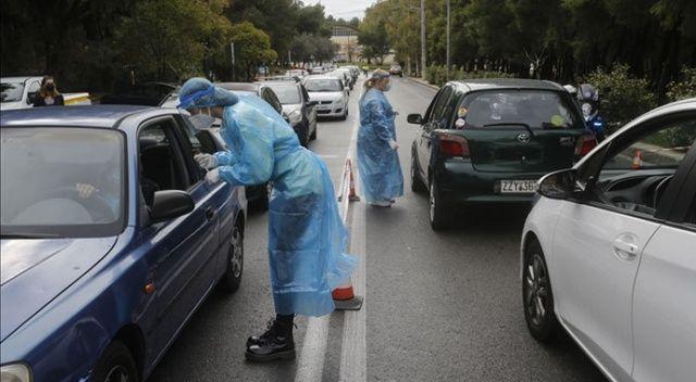 Yunanistan'da Covid-19 vakaları endişe verici boyutta
