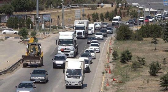 43 ilin geçiş güzergâhında bayram trafiği: Günlük 100 binin üzerinde araç geçiyor