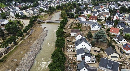 Almanya'da sel bilançosu artıyor: 176 ölü
