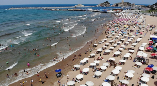 Bayram tatilini İstanbul'da geçirenler Şile'ye akın etti