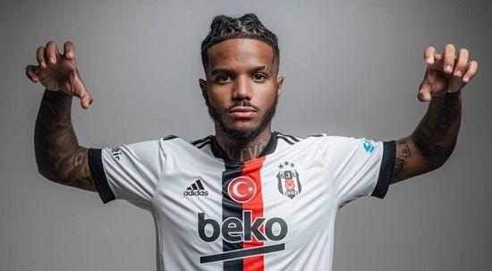Beşiktaş'ın yeni transferi Valentin Rosier antrenmana geldi