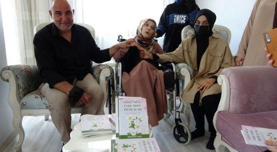Doğuştan engelli genç kız burnuyla kitap yazdı