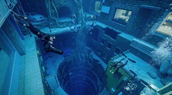 Dünyanın en derin havuzu Dubai'de açıldı