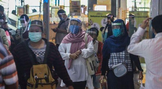Endonezya'da vaka rekoru: Oksijen yetersizliği yaşanıyor