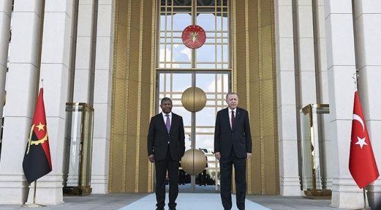 Erdoğan'dan, Angola Cumhurbaşkanına resmi törenli karşılama