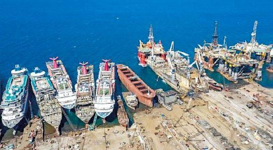 Hurda gemilerden ekonomiye 157 milyon dolar katkı