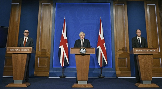İngiltere Başbakanı Johnson: Günlük vakalar 50 bini bulabilir
