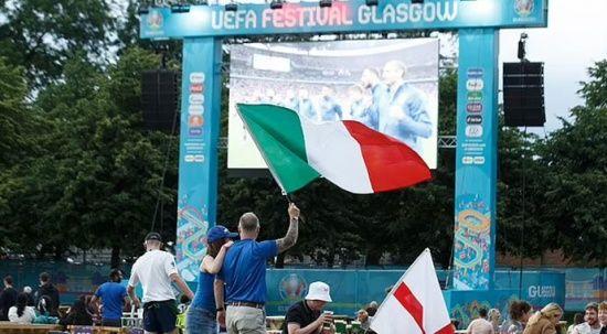İskoçlar, İtalya'nın İngiltere'yi yenmesini kutladı