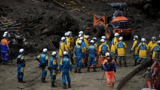 Japonya'daki heyelanda kurtarma çalışmaları sürüyor