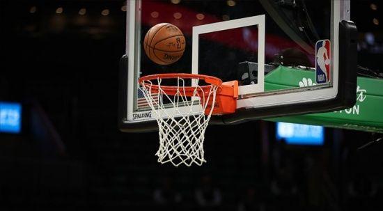 NBA finalinde Milwaukee Bucks, seriyi 2-1'e getirdi