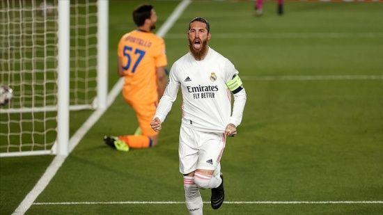 PSG Sergio Ramos'u kadrosuna kattı