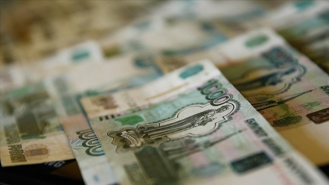 Rusya'dan sosyal medya devlerine 36 milyon ruble para cezası