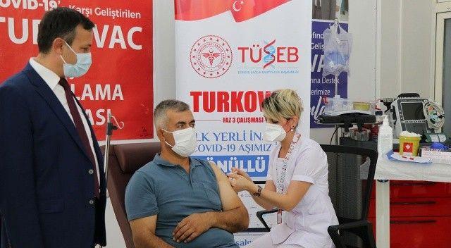 Yerli aşı TURKOVAC'ın uygulandığı 10 gönüllüde yan etki görülmedi