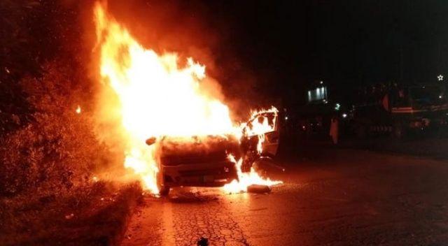 Yolcu minibüsü cayır vayır yandı: Ölü ve yaralıalr var