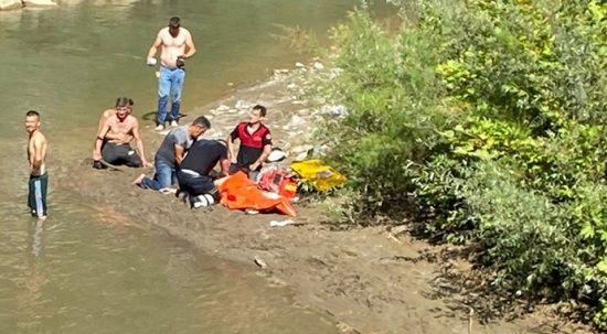 Balık tutmak için girdiği dereden cesedi çıkarıldı