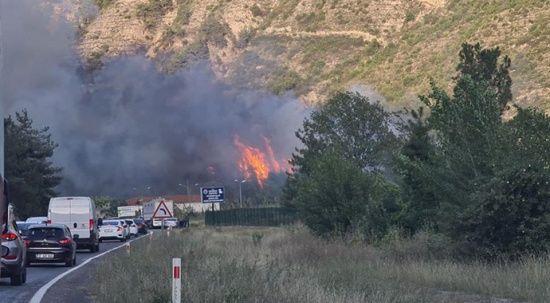 Bir yangın haberi de Karabük'ten geldi