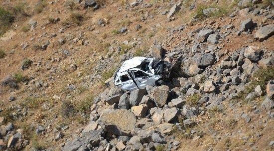 Düğün yolunda kahreden kaza: Anne ve oğlu hayatını kaybetti