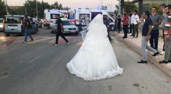 Düğününü bırakıp kaza yapan teyzesine koştu