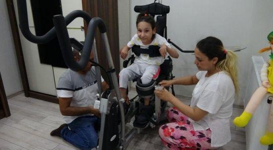 Erdoğan talimat verdi, Serebral palsi hastası Yaren'in yüzü güldü