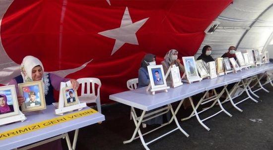HDP önündeki ailelerin evlat nöbeti 712'nci gününde