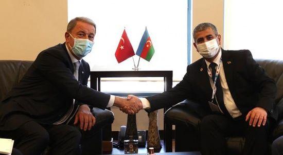 Hulusi Akar, Azeri mevkidaşı Zakir Hasanov ile görüştü