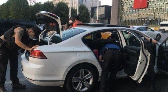 İstanbul'da 'Yeditepe Huzur' uygulaması! Narkotik köpekleri araçları didik didik aradı